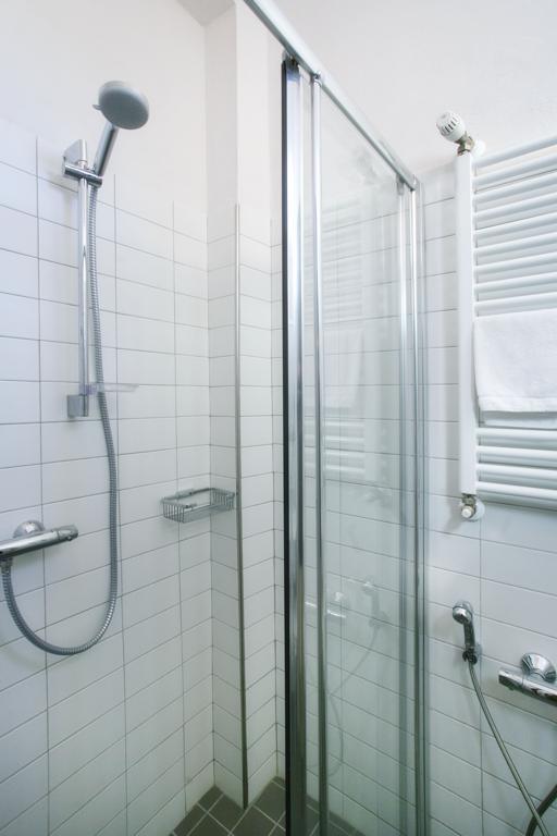 Hotel rimini con box doccia e bagni privati in camera - Box doccia rimini ...